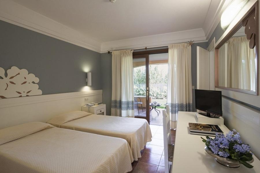 sistemazione-estate-vacanze-in-Sardegna-Italia.jpg